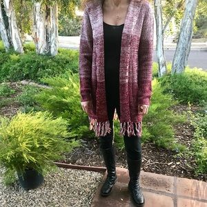 🆕NWOT Cranberry and White mixed Cardigan!!